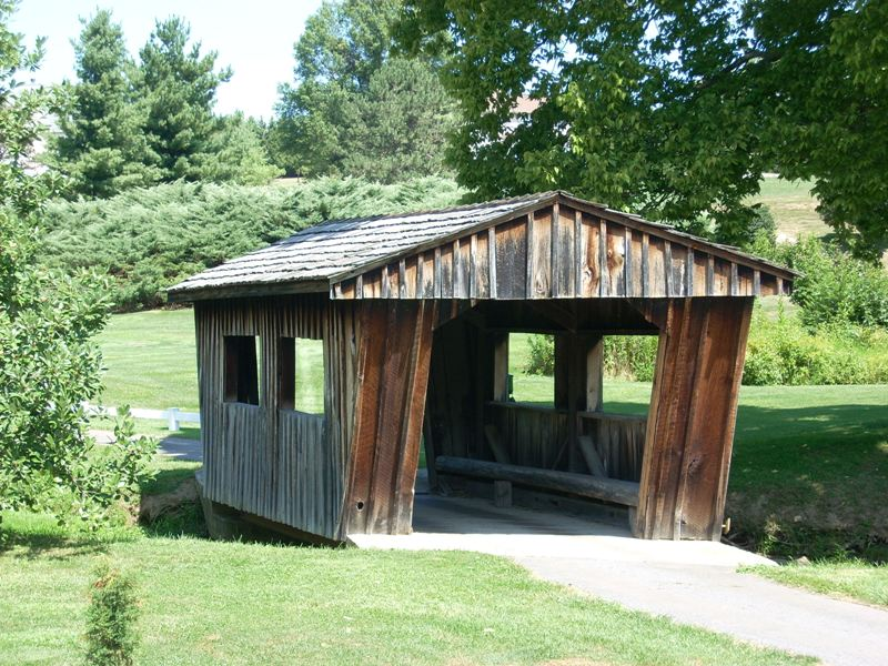 Holly Hills Country Club Lower Covered Bridge